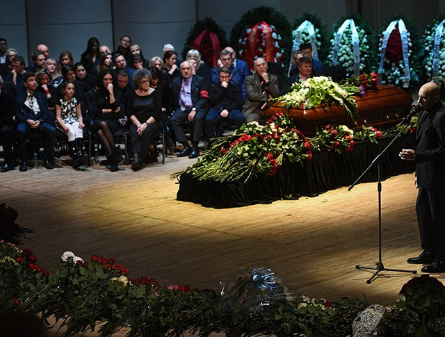 Прощание с оперным певцом Дмитрием Хворостовским