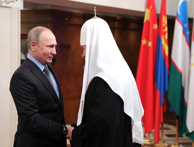 Владимир Путин и патриарх Московский и всея Руси Кирилл