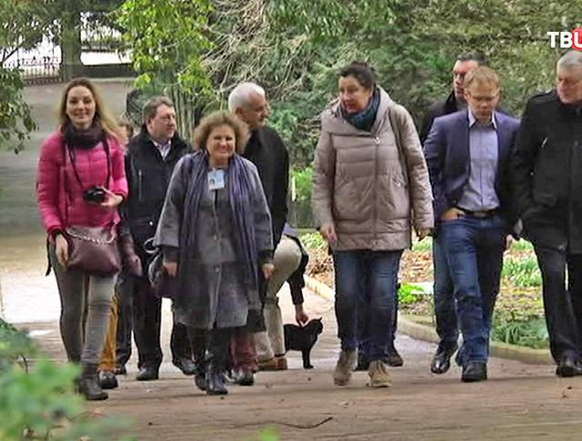 Группа немецких депутатов в Крыму