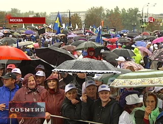 Кандидаты на пост мэра Москвы проявляют последние агитационные мероприятия