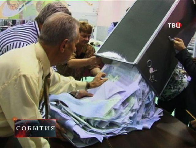 """На региональных выборах лидирует партия """"Единая Россия"""""""