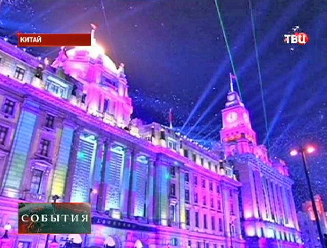 Новогоднее световое шоу в Китае