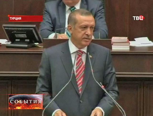 Бюлент Арынч, вице-премьер правительства Турции