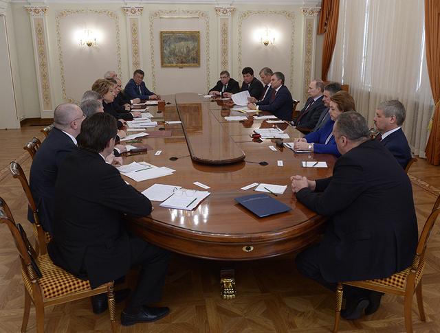 Встреча Владимира Путина с членами Совета Федерации