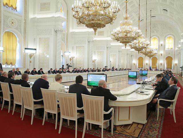 Заседание Госсовета и президентского совета по реализации приоритетных нацпроектов