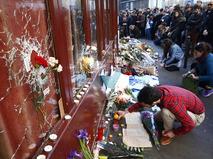 Цветы у клуба Bataclan, где произошёл кровавый теракт