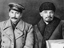 Иосиф Виссарионович Сталин и Владимир Ильич Ленин
