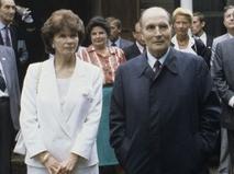 Президент Франции (1981-95 гг.) Франсуа Миттеран с супругой Даниэль Миттеран