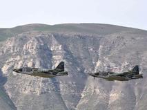 Су-25 во время учений на полигоне Ляур в Таджикистане