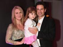 Антон Макарский с супругой Викторией и дочерью Марией