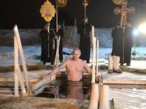 В крещенских купаниях принял участие Владимир Путин