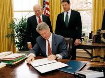 42-й президент США Билл Клинтон