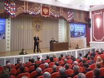 Владимир Путин выступает на торжественном собрании, посвящённом 95-летию Верховного суда России