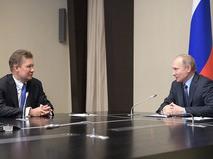 "Глава корпорации ""Газпром"" Алексей Миллер и Владимир Путин во время встречи"