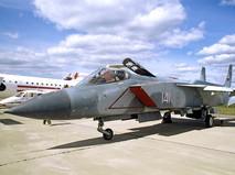Истребитель-перехватчик Як-141