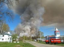 В Малопургинском районе Удмуртии горит бывший военный арсенал
