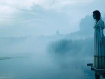 """Кадр из фильма """"Колдовское озеро"""""""
