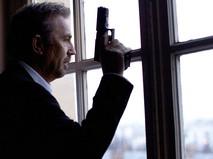 """Кадр из фильма """"Три дня на убийство"""""""