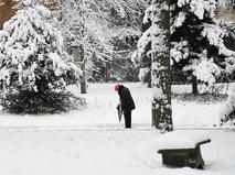 Парижский парк после снегопада