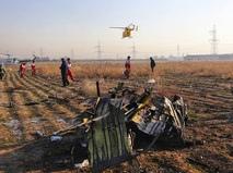 Месте крушения пассажирского лайнера Украины Boeing 737