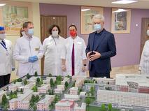 Сергей Собянин посетил Морозовскую больницу