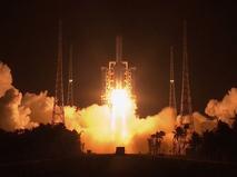 """Запуск китайского космического аппарата """"Чанъэ-5"""" на Луну"""