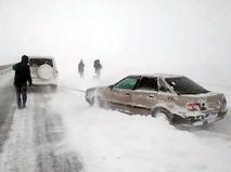 Последствия снегопада на трассе