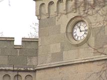 Часы в Крыму