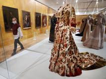 Выставка придворных костюмов