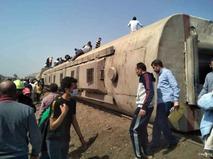 Последствия крушения поезда в Египте