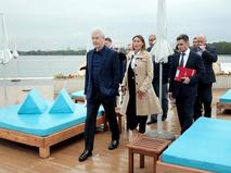 Сергей Собянин осмотрел набережную Москвы-реки