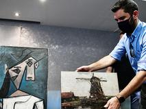 Картины Пикассо и Мондриана