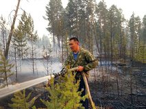 Тушение природных пожаров в Якутии