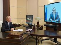 Владимир Путин во время встречи по видеосвязи с главой Марий Эл Александром Евстифеевым