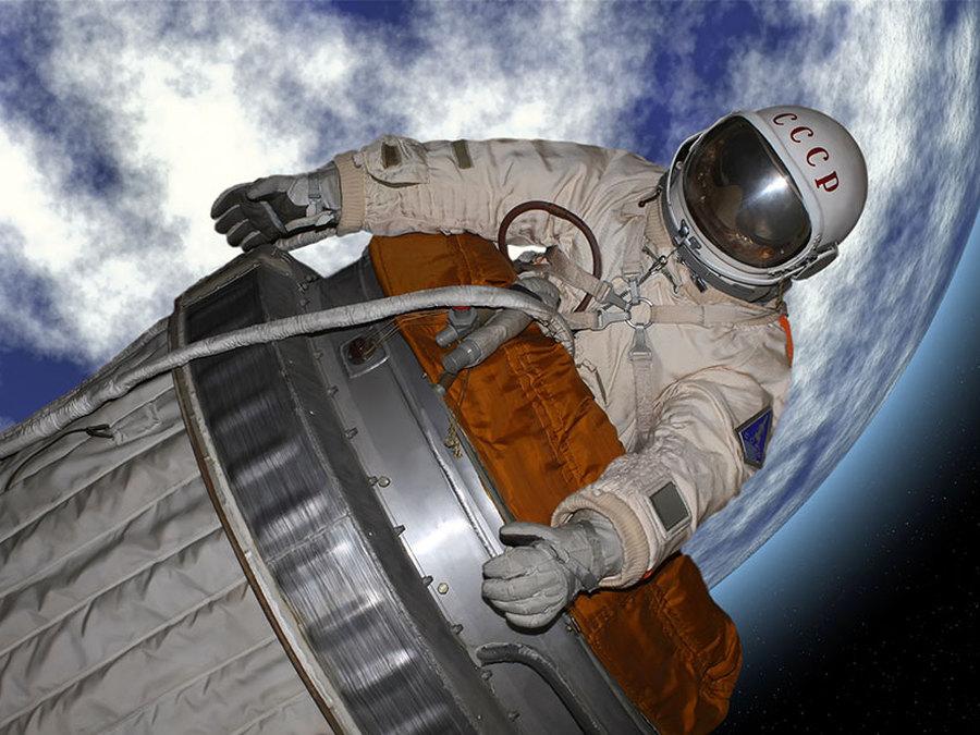 схемы фото человек выходит из ракеты турции