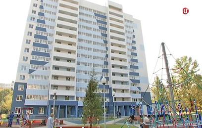 Собянин включил 14 стартовых площадок в программу реновации
