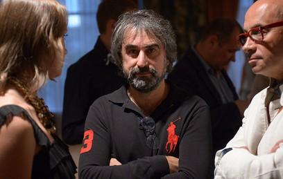 Безумная негодяйка: Толмацкий оскорбил вдову Децла после полуголого фото