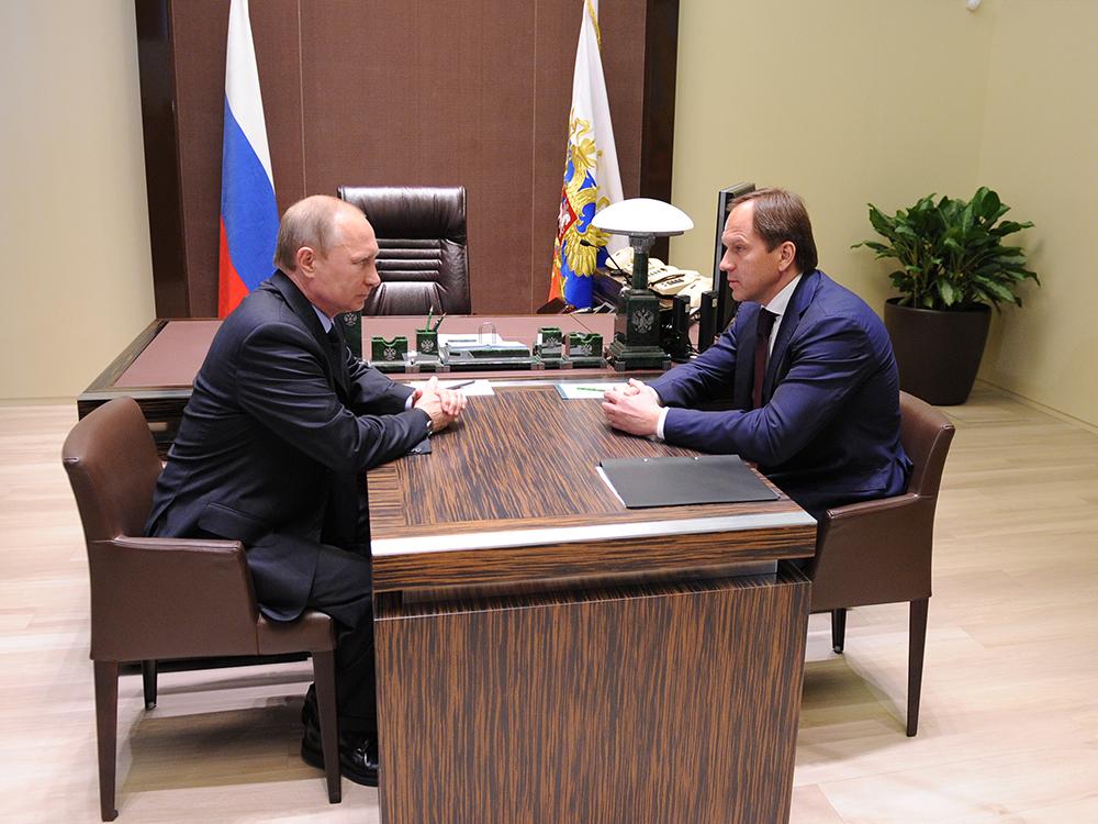 Владимир Путин и Лев Кузнецов во время встречи