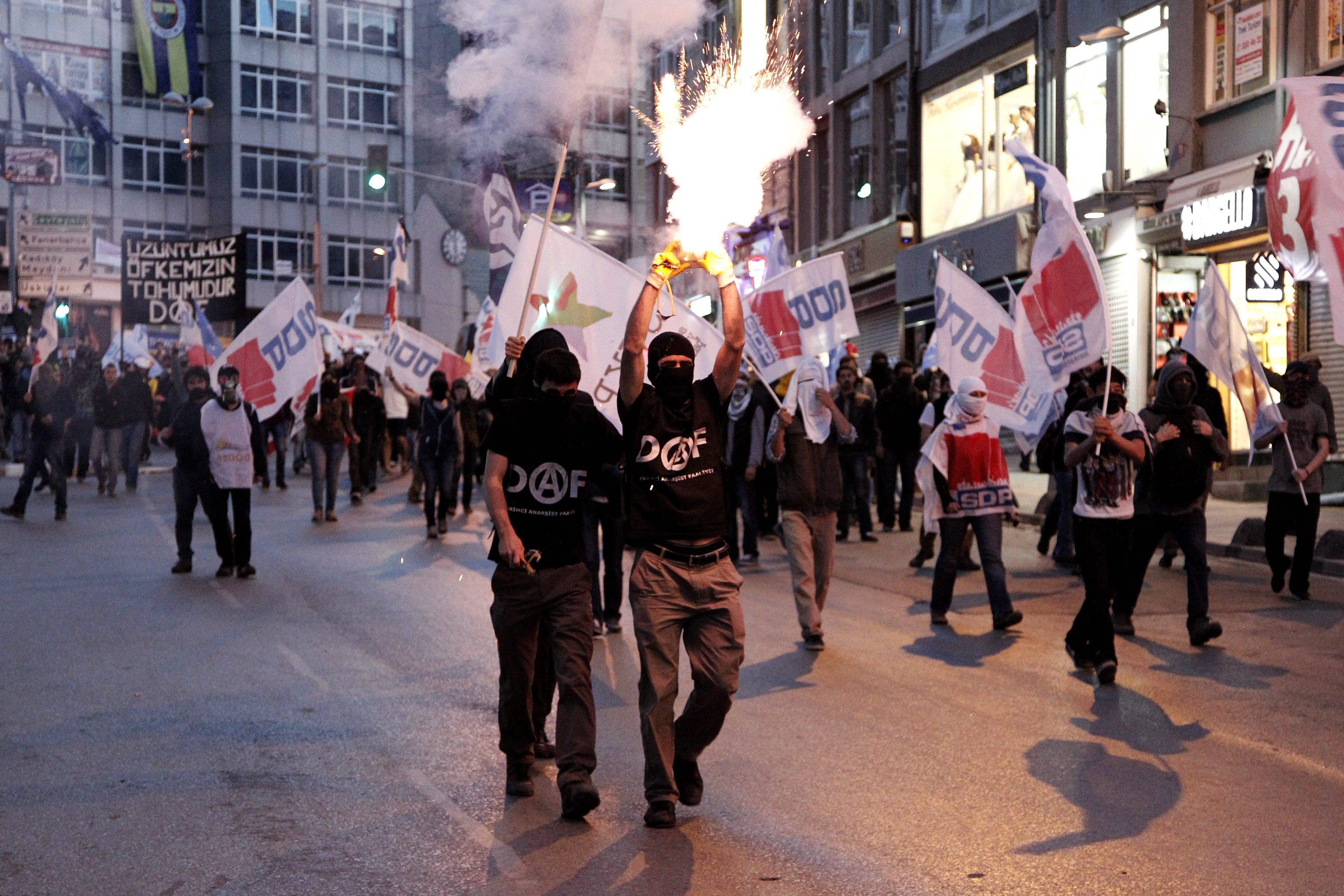 Акция протеста в Турции в связи с аварией на шахте