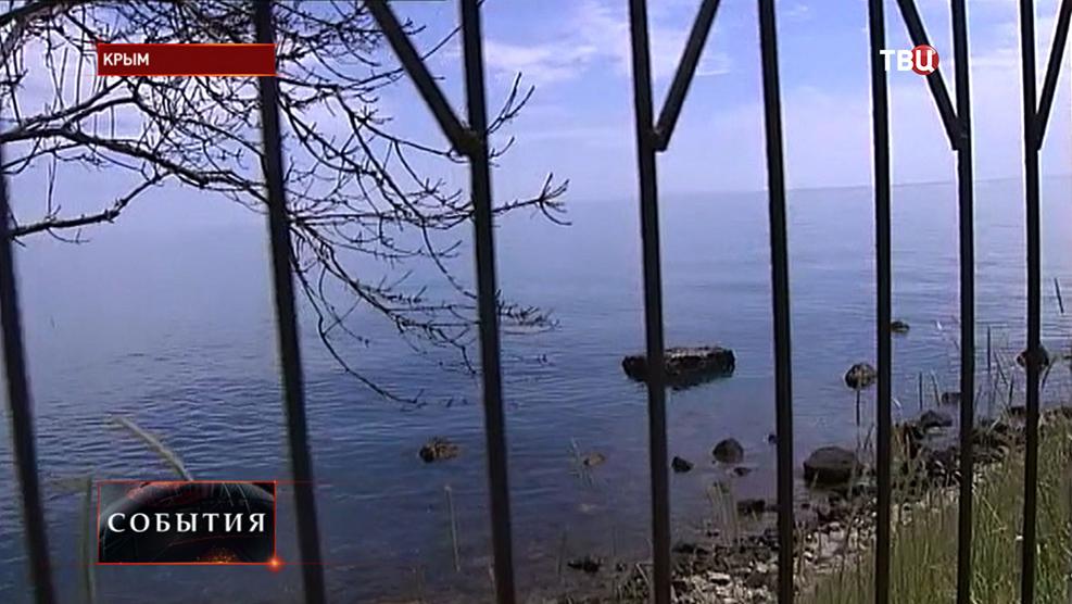 Незаконные ограждения вдоль береговой линии в Крыму
