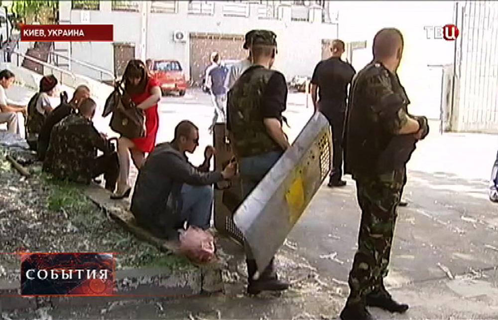"""Активисты Майдана захватили здание редакции газеты """"Вести"""""""