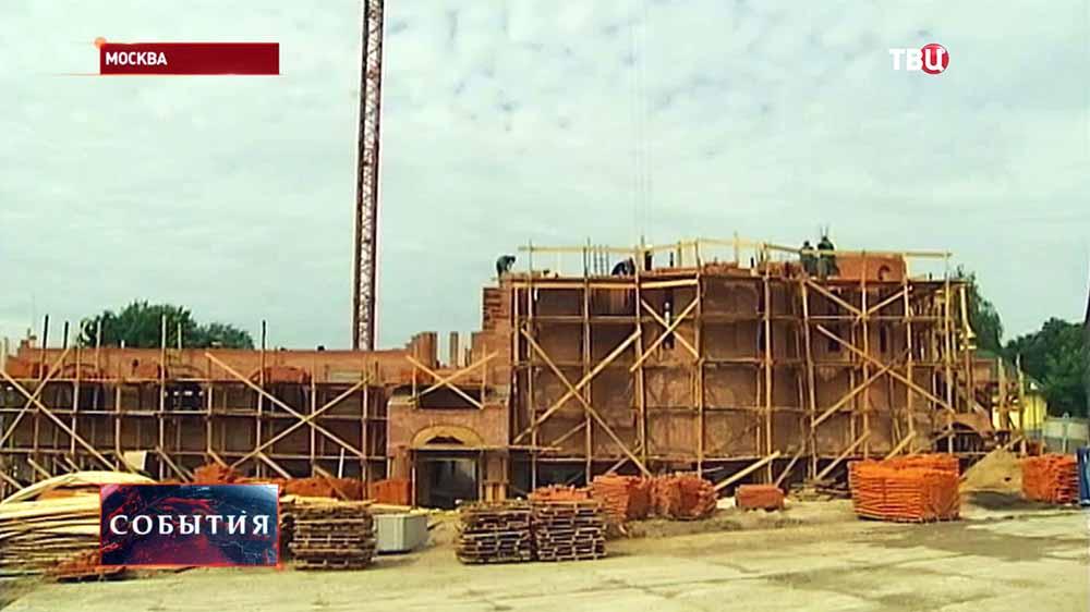 Строительство храма Александра Невского