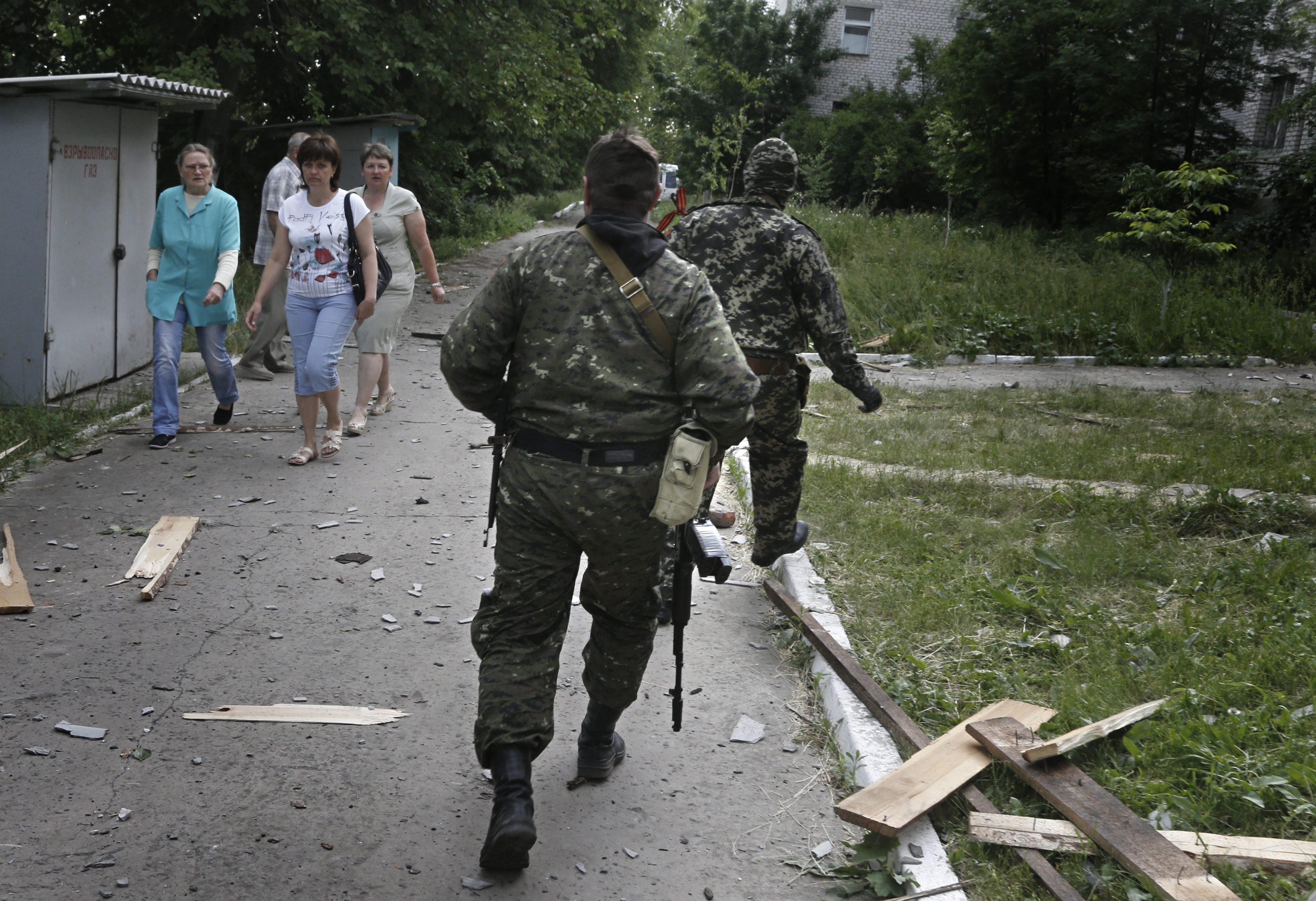 Бойцы народного ополчения обороняют жилые кварталы Краматорска