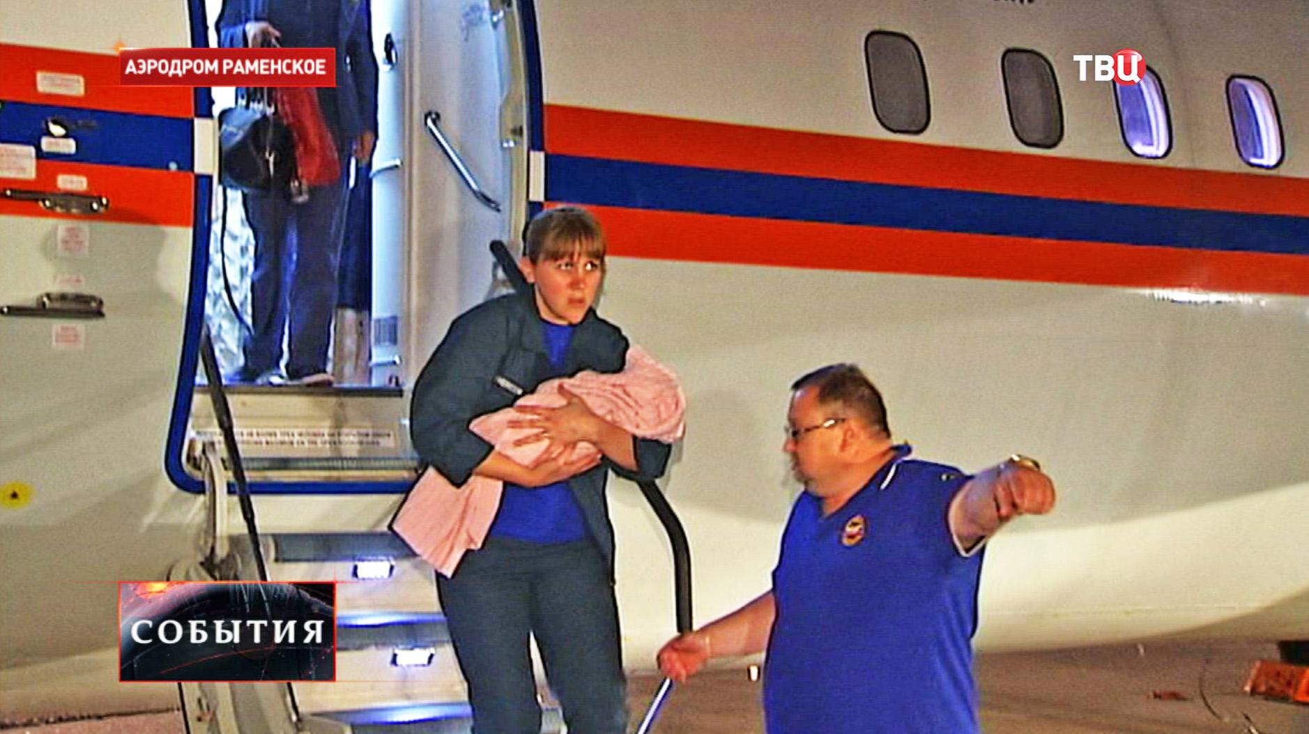 В Москву доставили двух девочек, пострадавших в результате ДТП в Дагестане