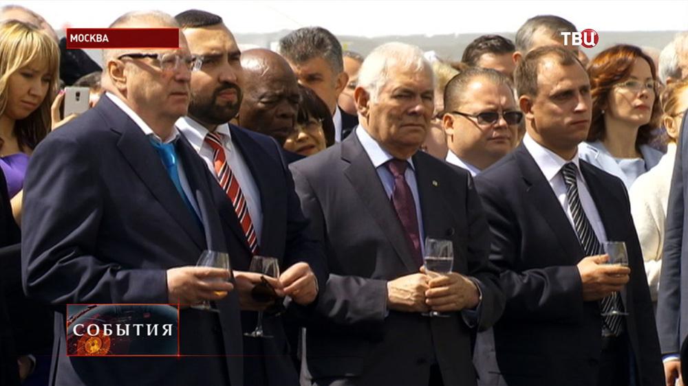 Торжественный приём по случаю Дня России на Ивановской площади московского Кремля