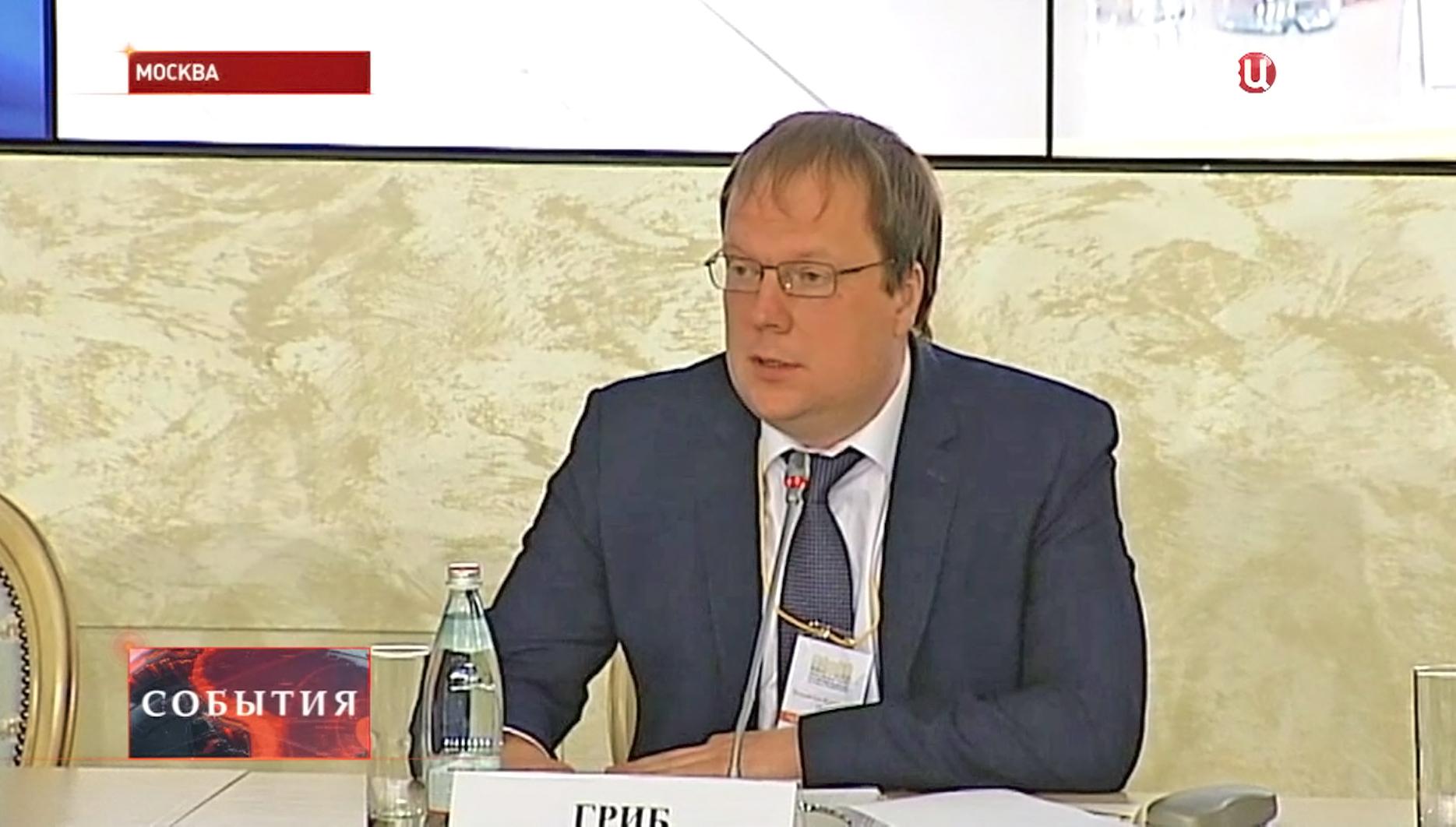 Член Общественной палаты Владислав Гриб