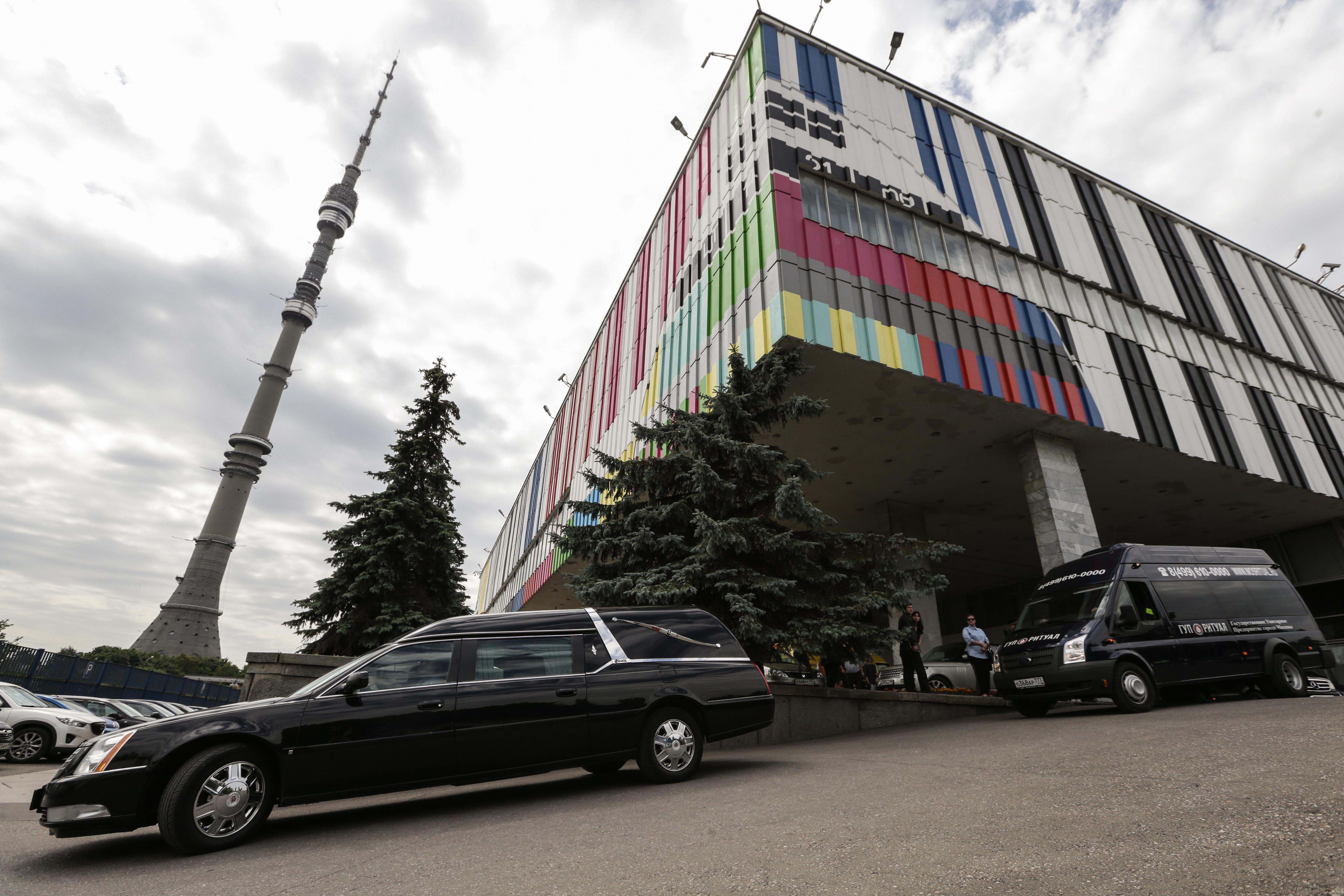 Церемония прощания с телеоператором Первого канала Анатолием Кляном