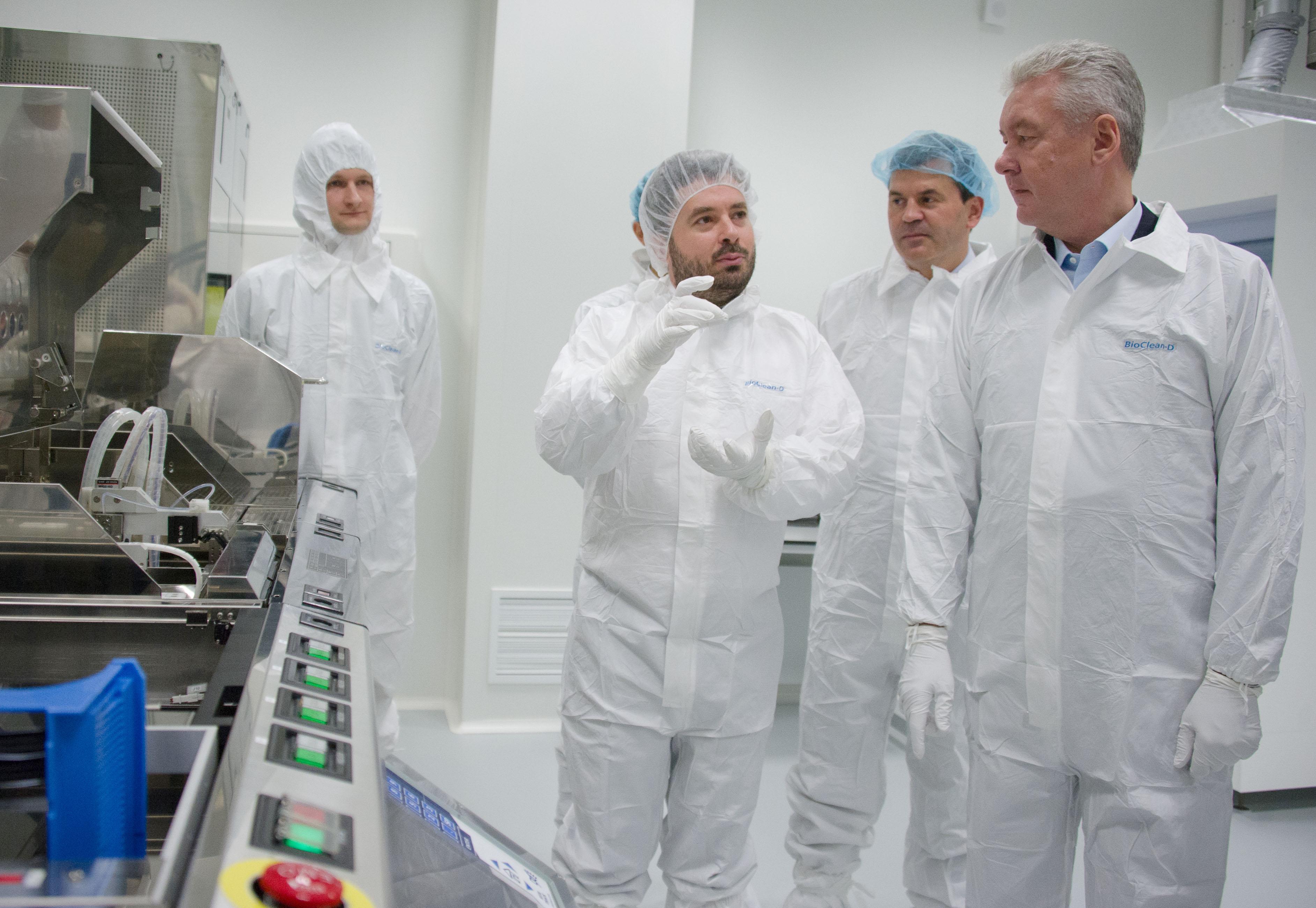 Сергей Собянин во время посещения технополиса «Москва»