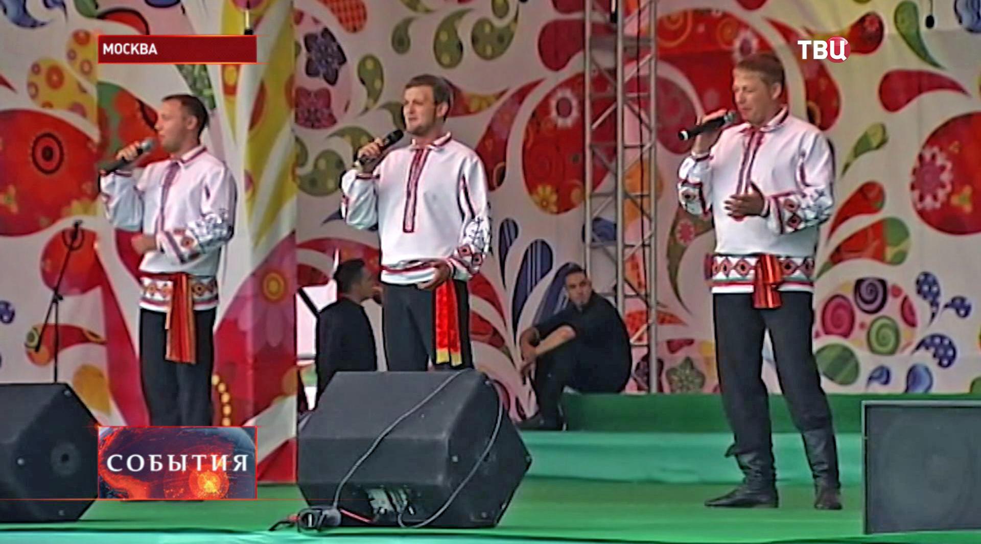 """Фестиваль """"Русское поле"""" в Коломенском"""