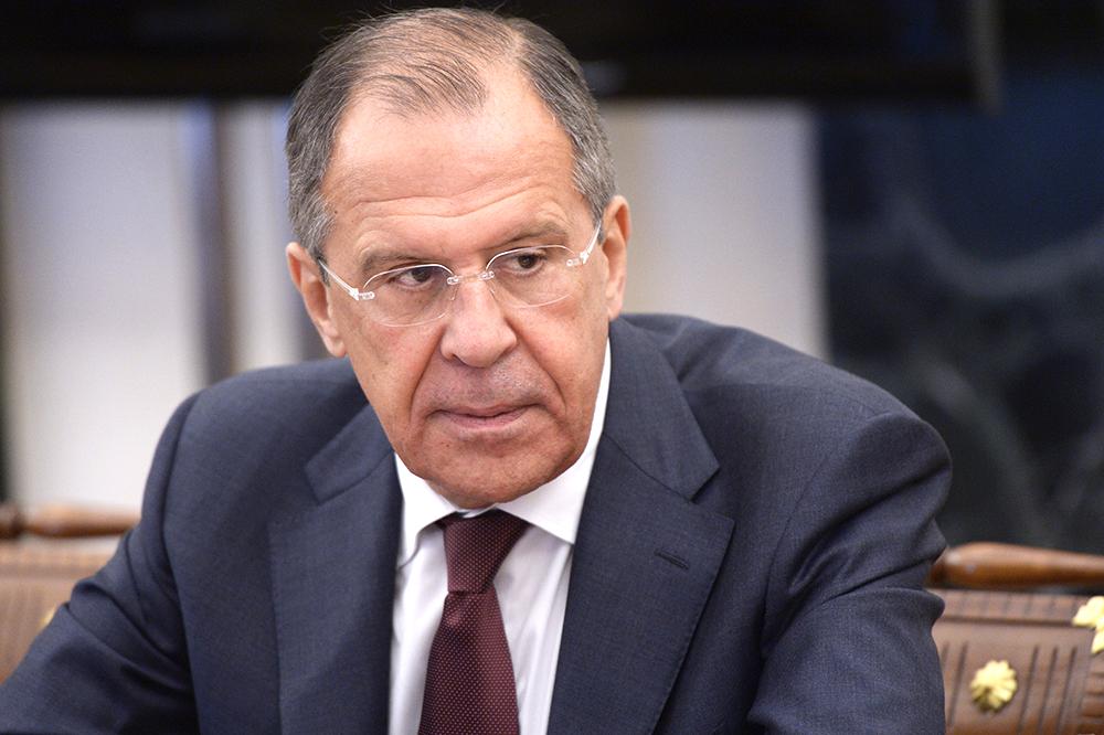 Киев отказался от полного разведения сил в Донбассе из-за США